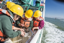 Students on the Coral Sea 5